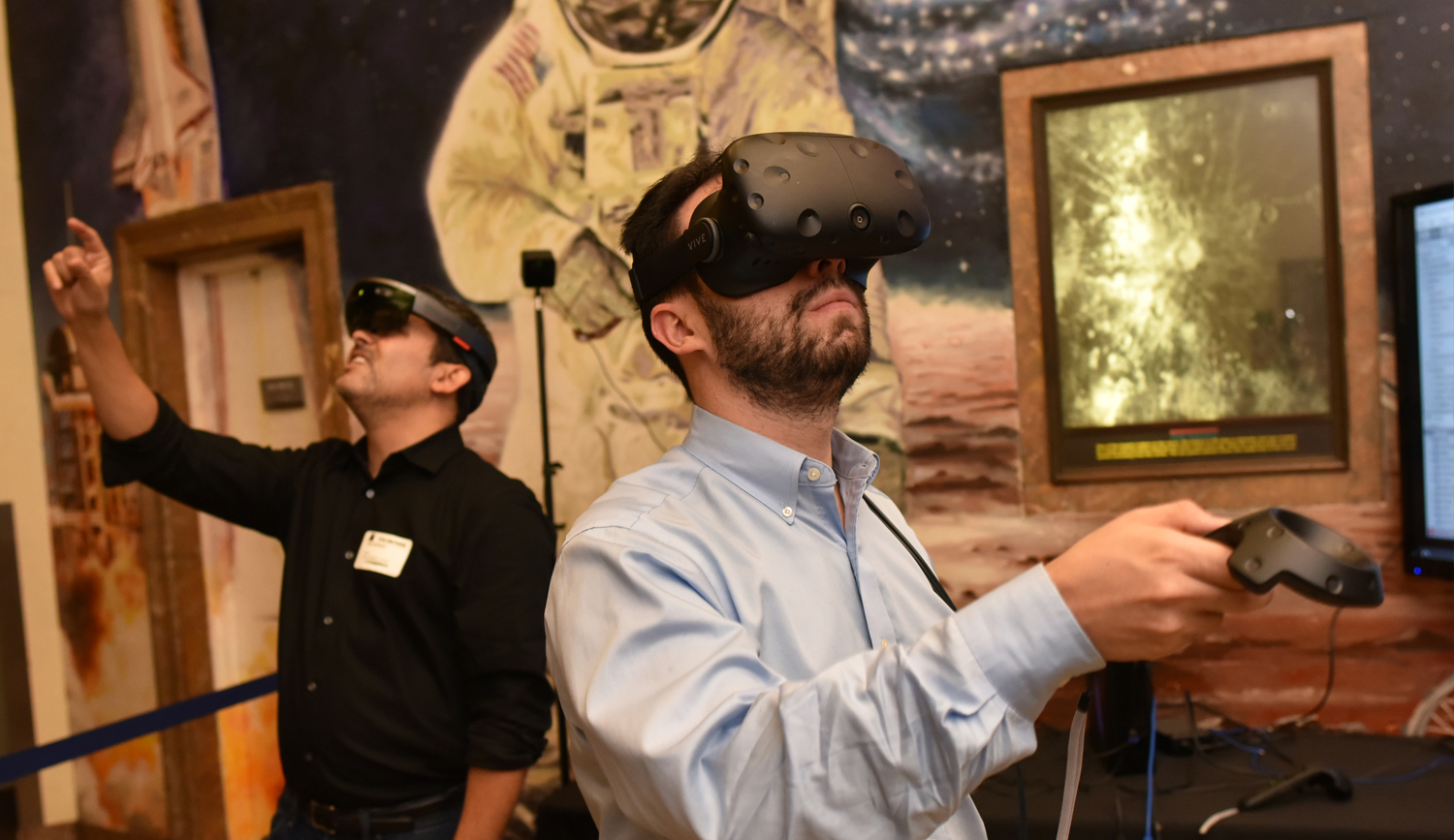 People Experiencing Virtual Reality